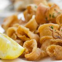 ¿Le echas limón a todo? Estos son los platos que en España solemos aliñar con el aderezo más saludable
