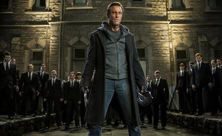 Aaron Eckhart es Frankenstein