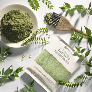 Tres nuevos lanzamientos bio de Garnier para una rutina de belleza más sostenible: champús sólidos, coloración vegetal y línea Cannabis Sativa
