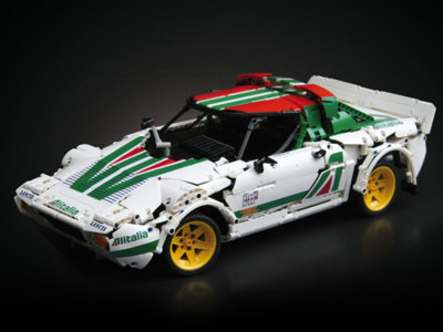 Este Lancia Stratos de Lego debería convertirse en un kit oficial