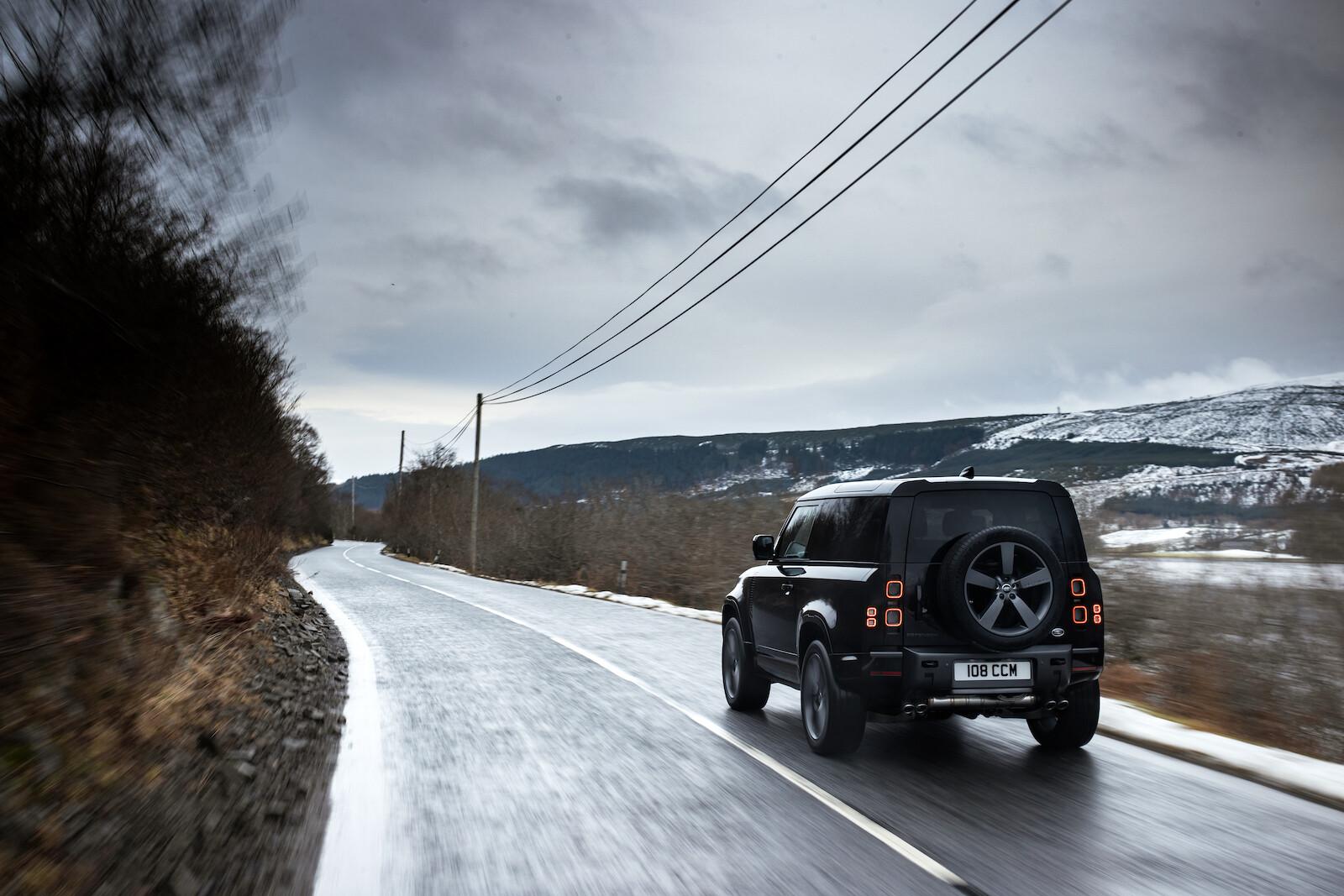 Foto de Land Rover Defender V8 (15/30)