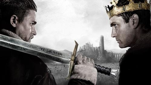 'Rey Arturo: La leyenda de Excalibur', una entretenida revisión del mito arruinada por su horrible final