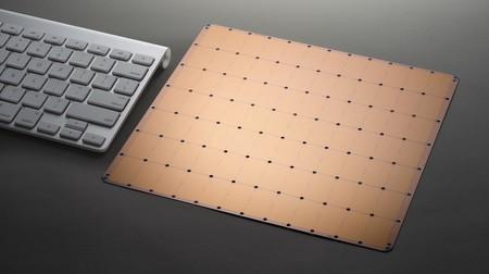Este impresionante chip es más grande que un iPad: tiene 400.000 núcleos, 18 GB de memoria y 1,2 billones de transistores