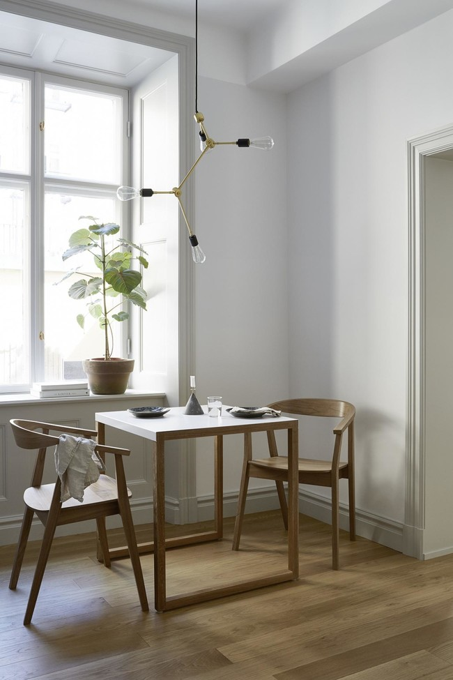 Es Con Impresionantes Luces En Un Apartamento Monocromo Disenado Por Josefin Haagmed4d2f2dac06604fc3b2a3ec1d3dfa4804