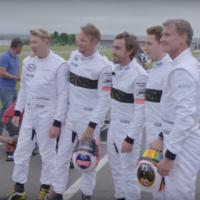 McLaren junta a tres generaciones de pilotos de F1 para una carrera de karts ¿Quién gana?
