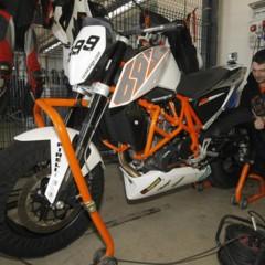 Foto 14 de 17 de la galería ktm-690-duke-track-limitada-a-200-unidades-definitivamente-quiero-una-ktm-690-ejc en Motorpasion Moto