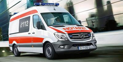 Mercedes-Benz prepara nuevos vehículos de emergencia