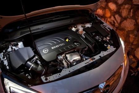 Motor del Opel Cabrio / Cascada 2013