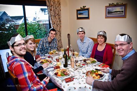 Especial Ahorro Navidad: cinco pautas para no gastar de más en tus comidas navideñas