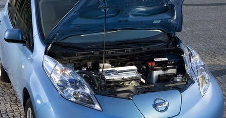 Nissan-Leaf-motor-650px