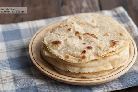 Tortillas de harina para fajitas. Receta mexicana