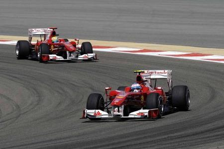 Victoria aplastante de Fernando Alonso y primer doblete de Ferrari en el GP de Bahréin