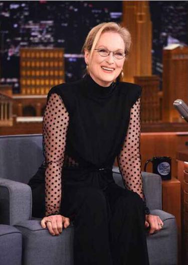 Meryl Streep nos demuestra que a los 66 años también se puede estar perfecta enfundada en un Balmain