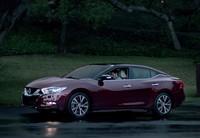 Nissan muestra el nuevo Maxima durante su anuncio de la Super Bowl