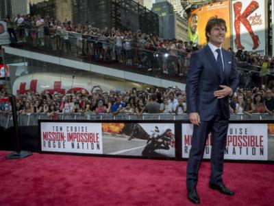 Impecable Tom Cruise en las premières de 'Misión Imposible: nación secreta' en Viena, Nueva York y Londres