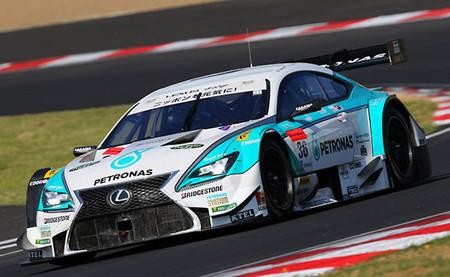 Lexus manda en las pruebas del Super GT en Sugo