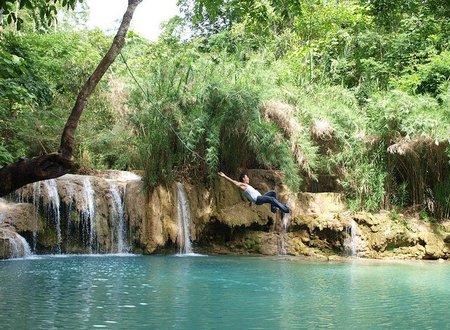 La cascada de Tat Kuang Si, en Laos