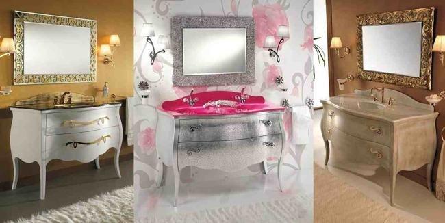 Elegantes muebles de baño en dorado y plateado