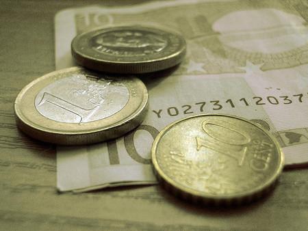 La limitación de pagos en efectivo en las operaciones de tracto sucesivo