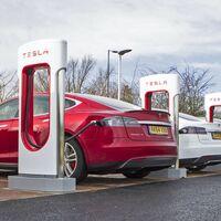 Hertz encarga 100.000 Teslas para su flota de coches de alquiler: el mayor pedido de coches eléctricos de la historia