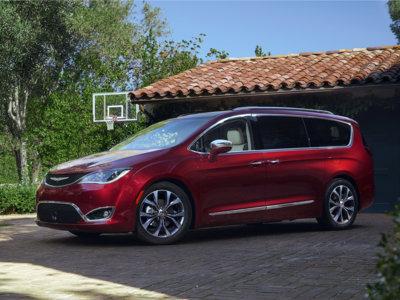 ¡Por fin lo lograron! La Chrysler Pacifica es la minivan más segura del mercado según el IIHS