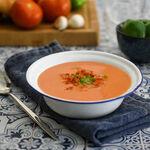 Gazpacho, ensaladilla rusa... cómo tomar los platos refrescantes del verano más ligeros y que sacien más