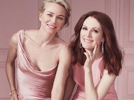 Julianne Moore y Naomi Watts cantan 'La vie en rose', la imagen de la semana