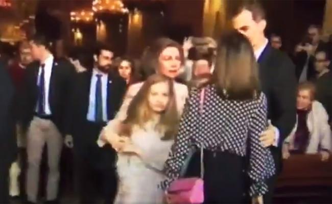 La pelea entre Sofía y Letizia representa todo lo que está mal con la Casa Real y la prensa