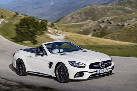 El Mercedes-Benz SL se escapa por la red