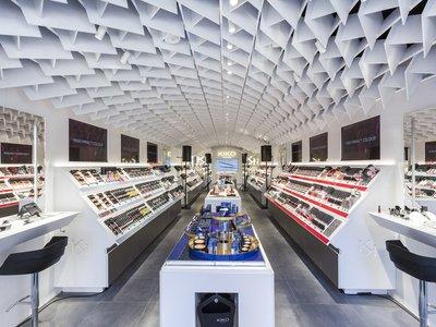 La primera concept store de Kiko Cosmetics abre sus puertas en el centro de Madrid