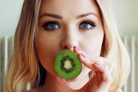 Vitaminas en tu dieta para lucir una piel radiante