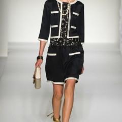 Foto 24 de 43 de la galería moschino-primavera-verano-2012 en Trendencias