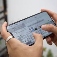 Apple está preparando nuevos paneles OLED para tener iPhone más finos y ligeros en 2019