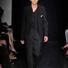 Foto 3 de 13 de la galería yves-saint-laurent-primavera-verano-2010-en-la-semana-de-la-moda-de-paris en Trendencias Hombre