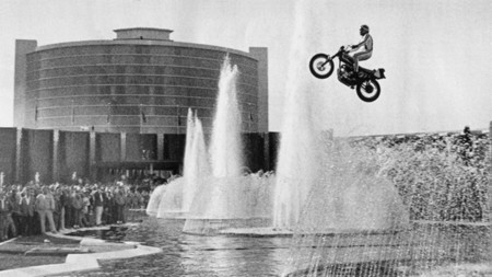 Evel Knievel Cesars Palace Fountain 01