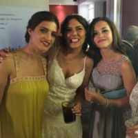 Sara Carbonero apuesta por el amarillo de Cortana para ir de boda