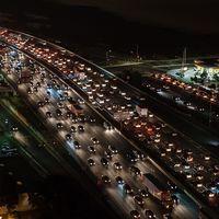 No, el Gobierno no va a prohibir los coches diésel y gasolina en 2040, pero sí fomentará el coche eléctrico