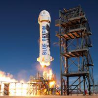 Blue Origin lanza y aterriza con éxito un cohete usado, le gana la partida a SpaceX