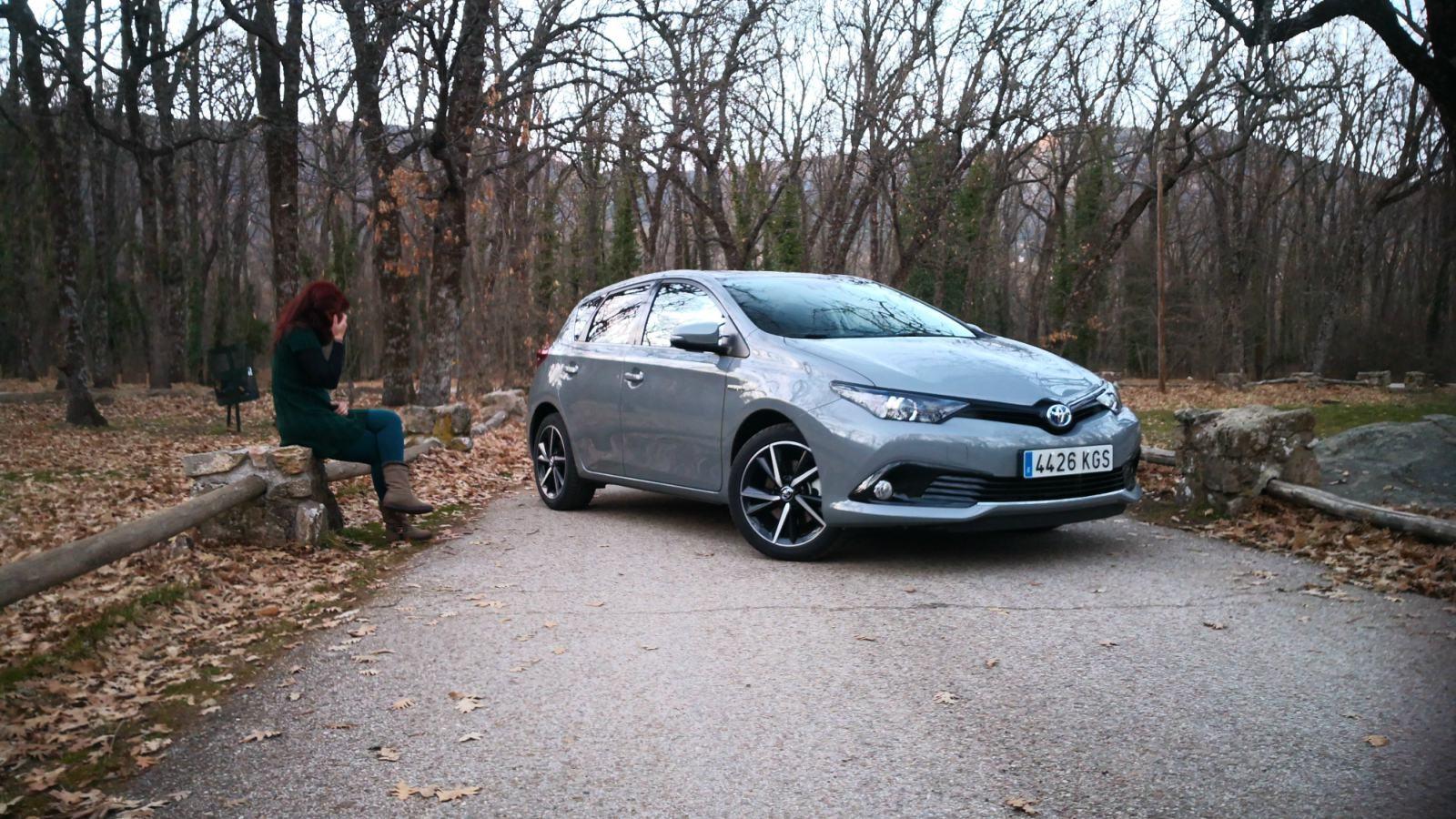 Foto de Toyota Auris hybrid Feel! Edition - Fotos exteriores (30/33)