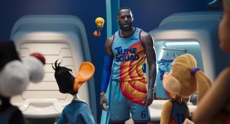 """'Space Jam 2: Nuevas leyendas' lanza su tráiler final: LeBron James y Bugs Bunny lideran el nuevo """"dream team"""" en la secuela del éxito de los 90"""