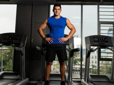 Sencillos trucos para quemar más calorías en la cinta de correr
