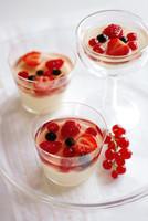 Merienda de verano: gelatina con frutas