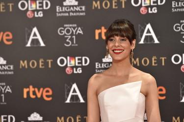 Belén Cuesta no es asidua a las red carpet, pero demuestra que sabe lo que hace en los Goya 2017