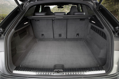 Audi Q8 maletero