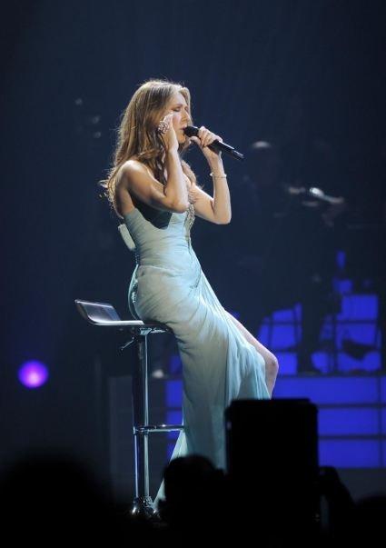 Celine Dion vivita y coleando. ¡Vaya broma de mal gusto!
