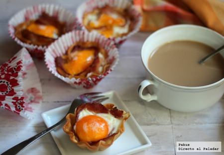 Tartaletas individuales de huevos con bacon, para un desayuno especial