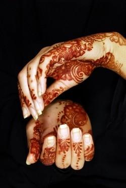 Henna hands de Riffat