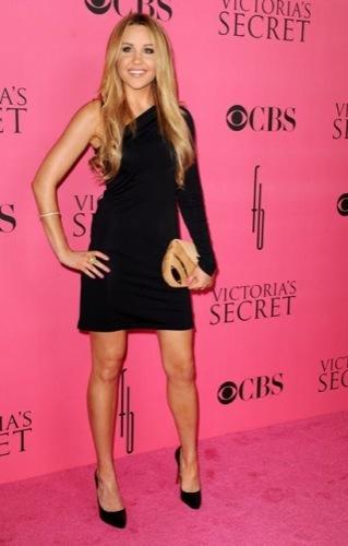 Amanda Bynes Victoria Secret 2008