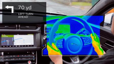 Jaguar Land Rover volante sensorial