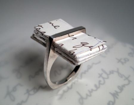 I (Thou), el anillo más romántico